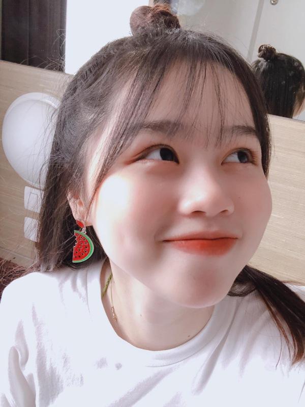 Huỳnh Anh đã chăm sóc và làm đẹp rất chỉn chu.